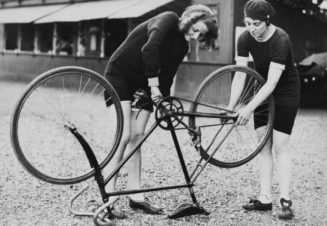 Vintage Bicycle Mechanics